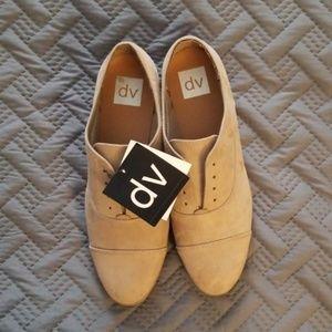 NWT DV Amalia shoes size 10